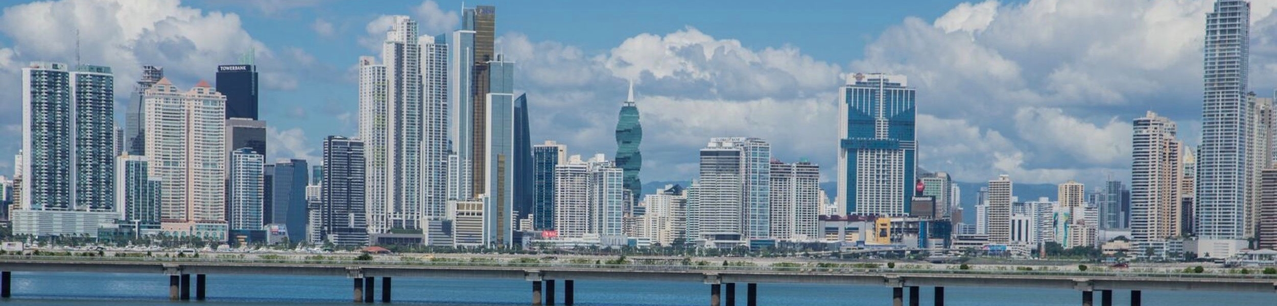 panama-city-skyline-edificios-ciudad-cinta-costera-3
