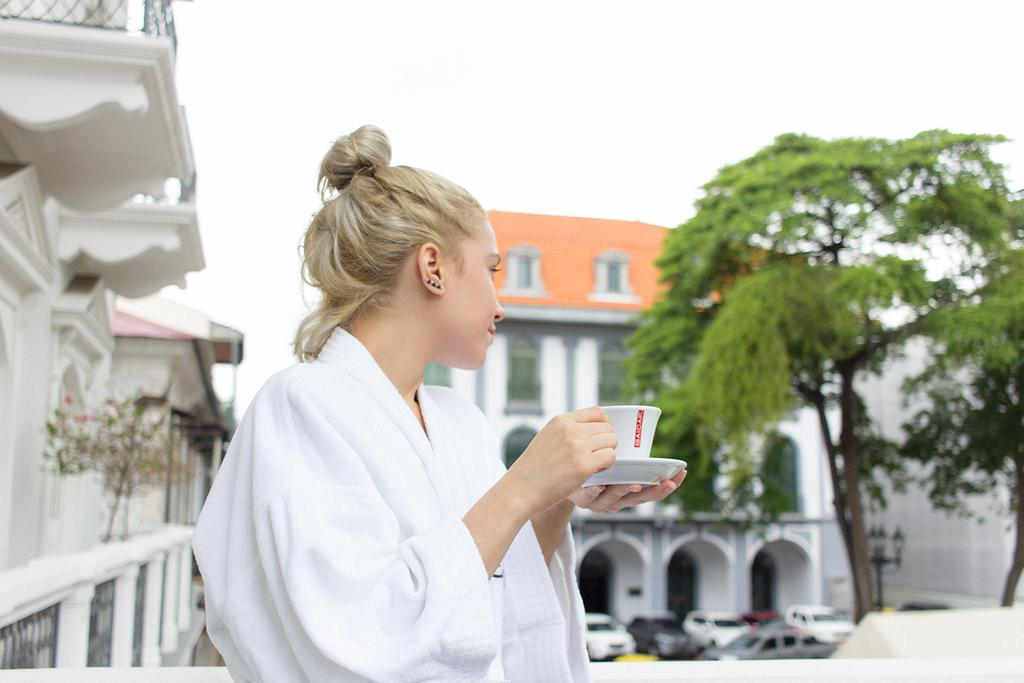Enjoy your morning cup of Panamanian coffee while looking at the plaza