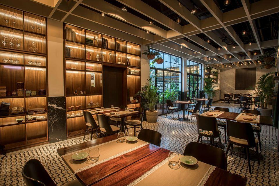 Amplio interior nuevo con capacidad para 40 comensales en el restaurante Donde José