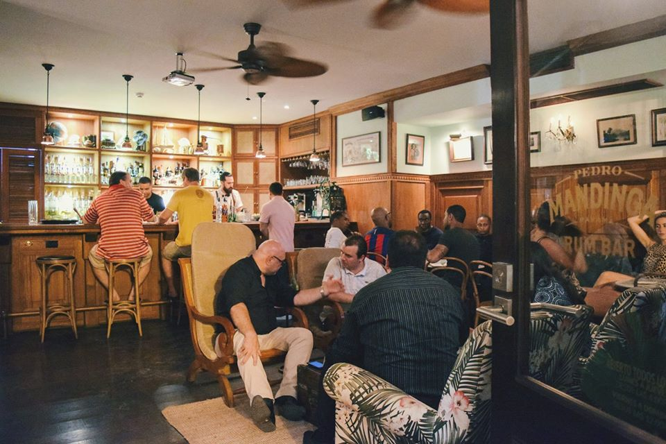 Arrive early to enjoy the happy hour in Pedro Mandinga Rum Bar until 7 p.m.