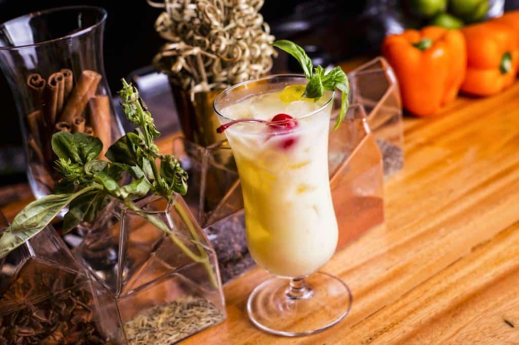 Los tragos artesanales del Restaurante Caliope utilizan ingredientes locales y frescos