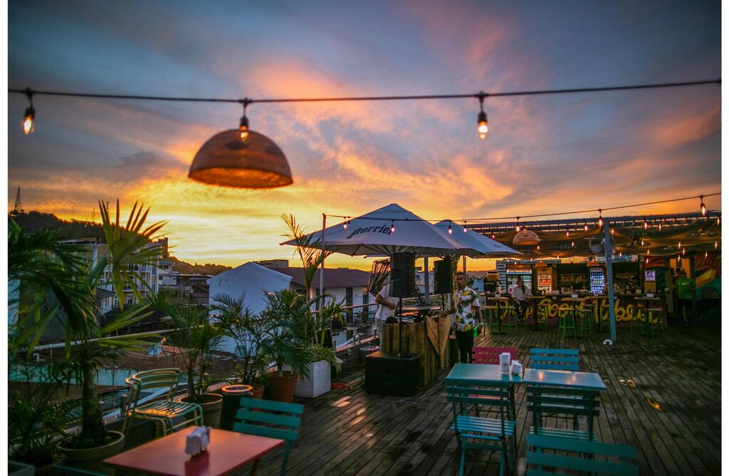 Selina Casco Viejo has a Rooftop Bar, Restaurant and Coworking Space
