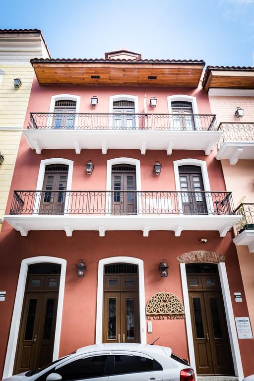 Stunning Small Loft at Casa Neuman pink building in casco viejo panama