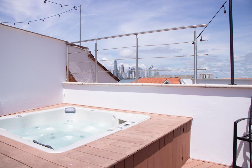 Jacuzzi on the roof of Villa Palma Boutique Hotel