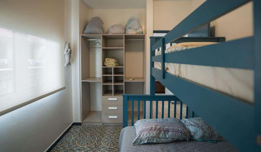 bunk bed in bedroom of apartment 1A in Flor de Lirio Casco Viejo
