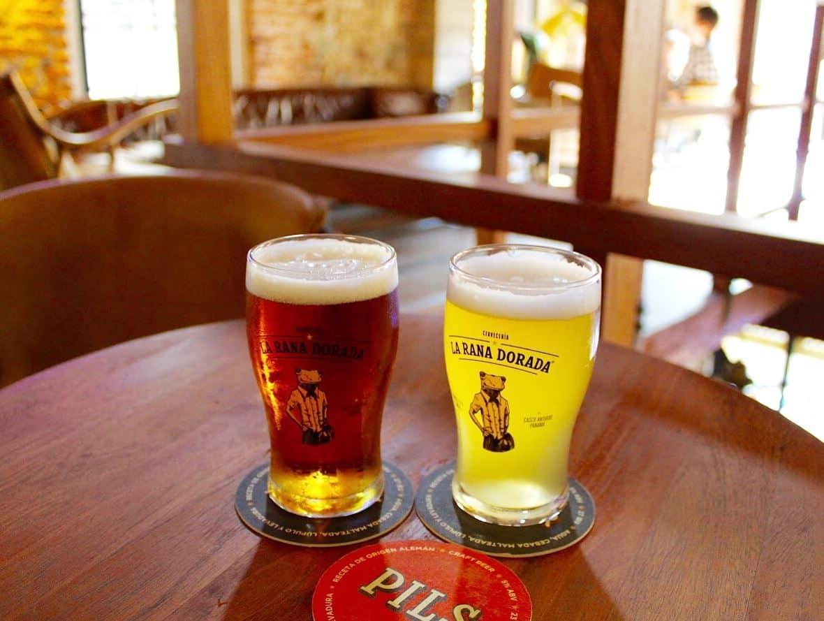 diferentes tipos de cerveza en la rana dorada