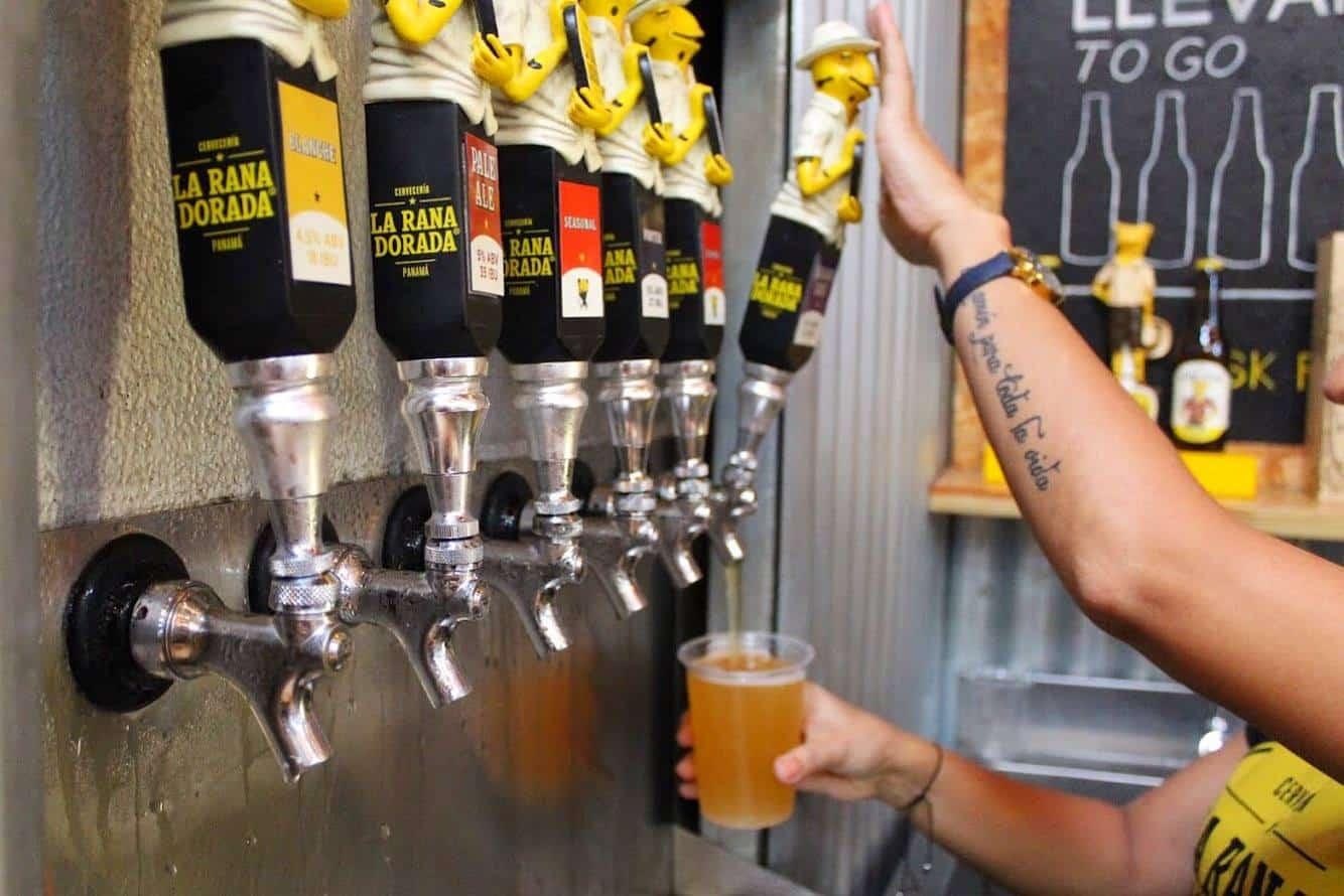 beers are on taps in la rana dorada casco viejo