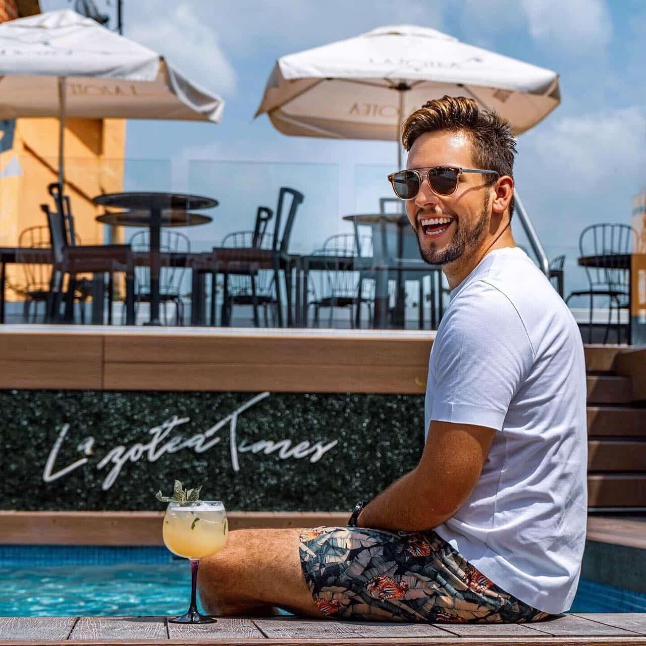 Blogger Alejo en Restaurante y Rooftop Lazotea