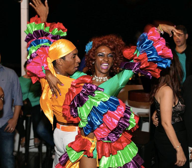 Latin night has salsa dancers at Tantalo Rooftop Bar