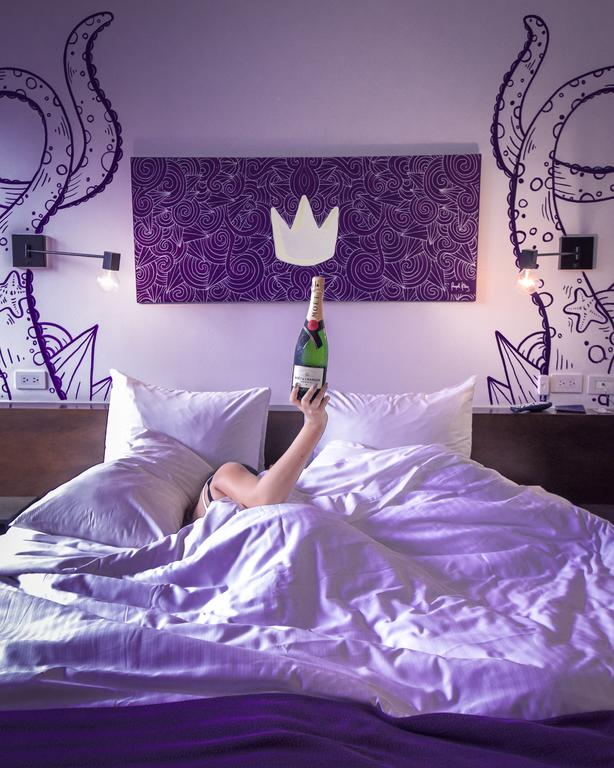 Ayuda al pulpo a encontrar su corona en la habitación Purple King