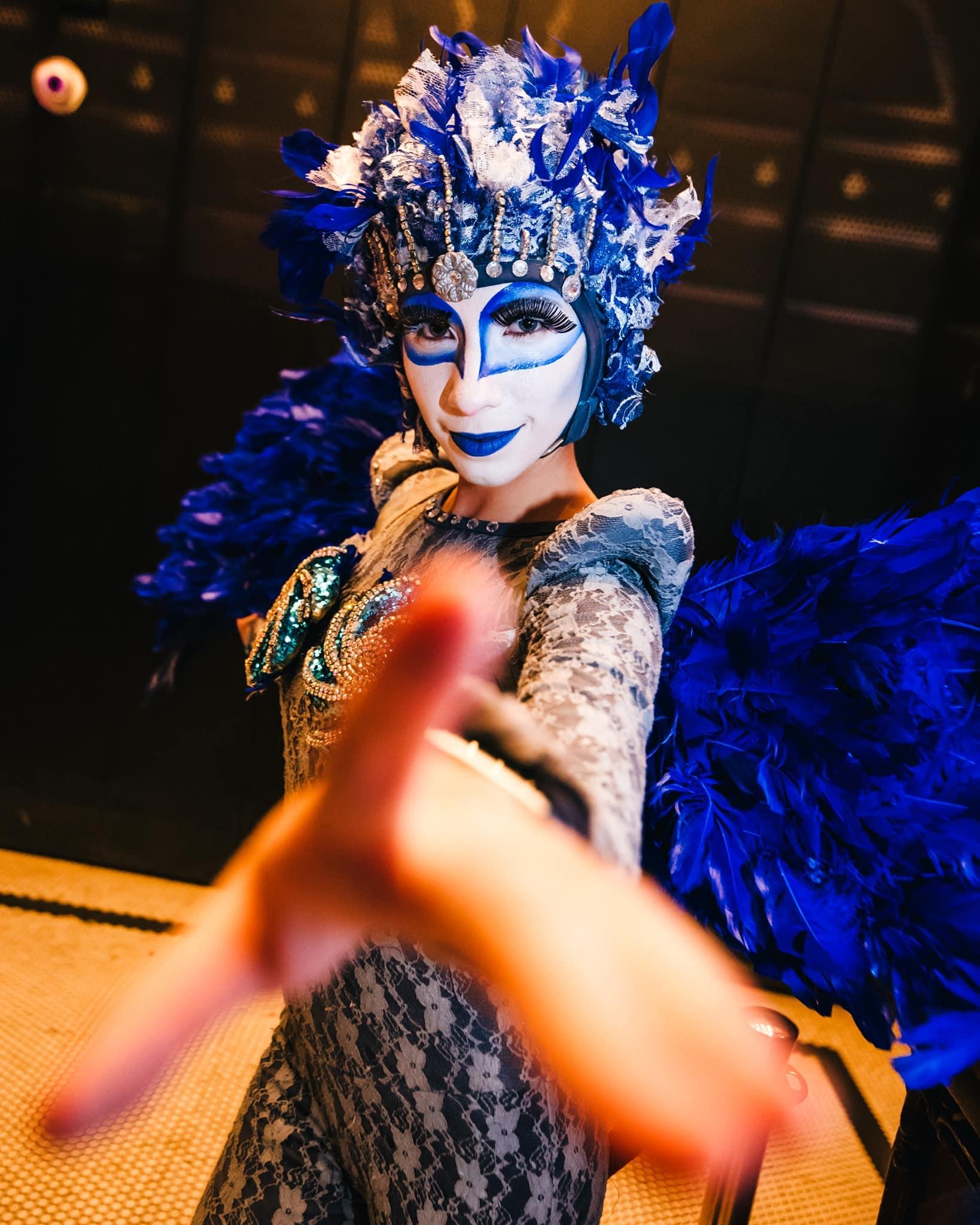 masquerade night at teatro amador casco viejo