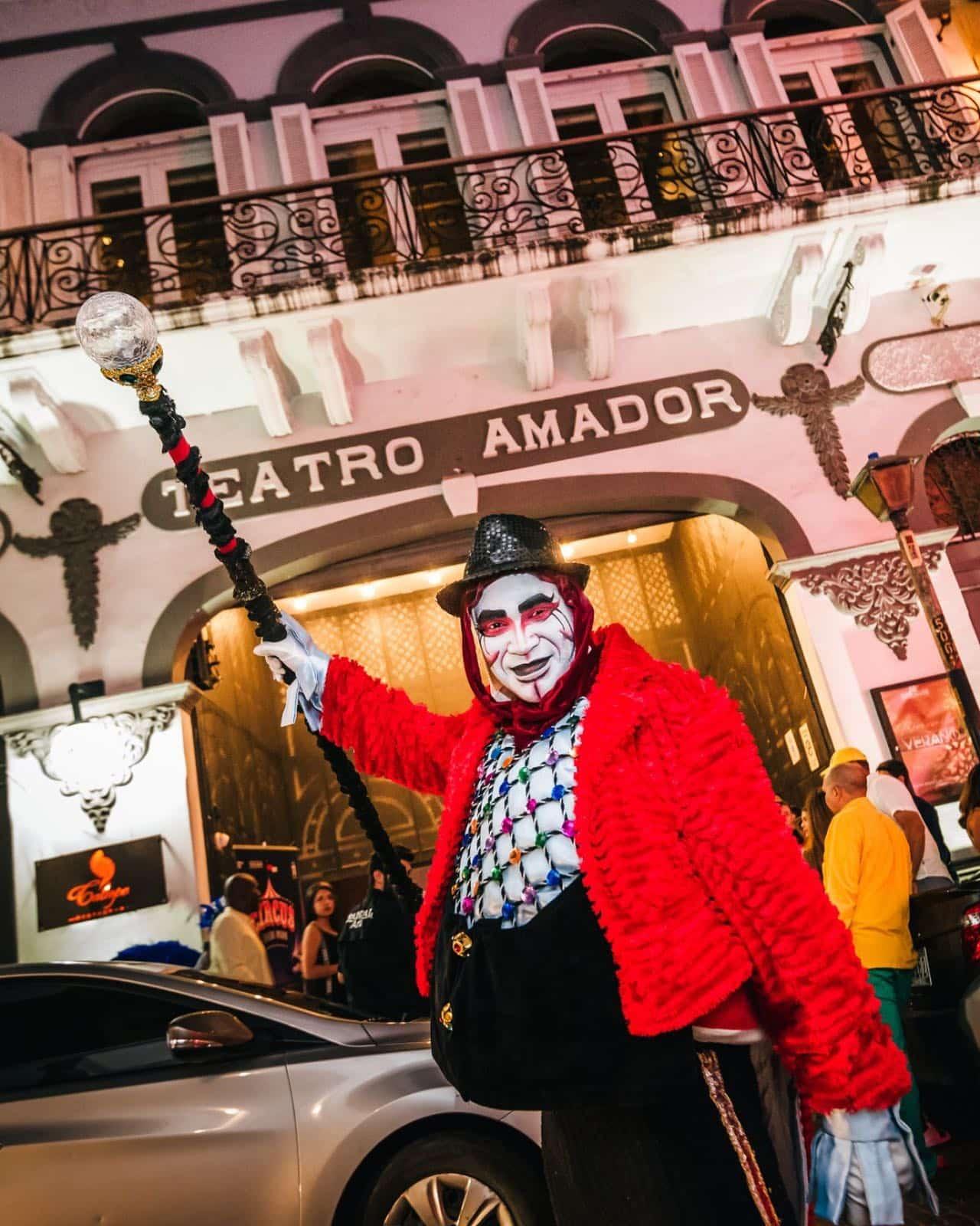 circus night at teatro amador casco viejo