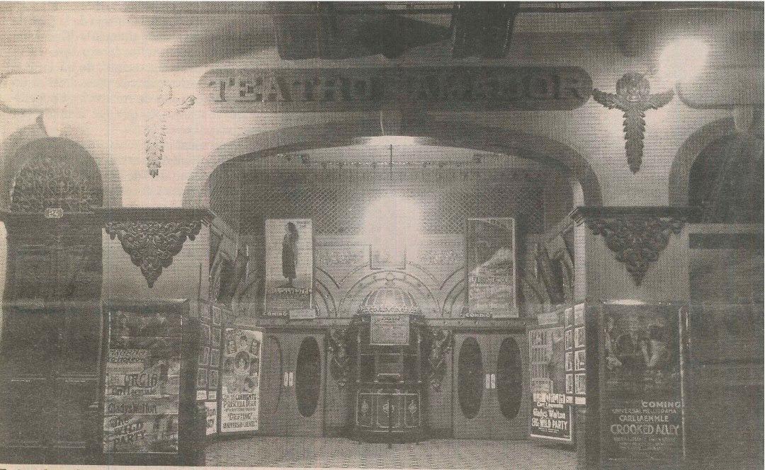 Foto de época del Teatro Amador cuando era una sala de cine